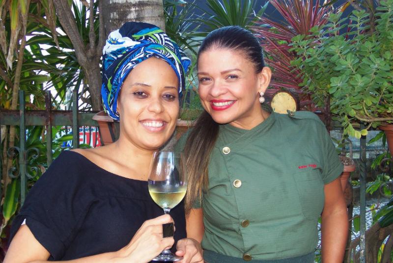 Patrícia Penha e Karine Poggio 2 - Foto José Mion